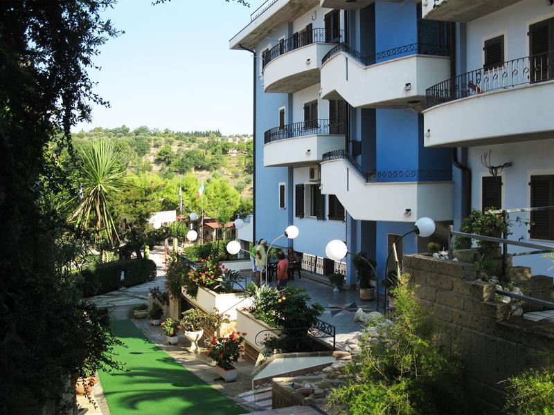 Villaggio_Cupra_Marittima_Appartamenti_climatizzato con posto auto